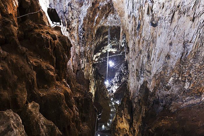 Marecarso la grotta gigante for Quanto costa un uomo in grotta